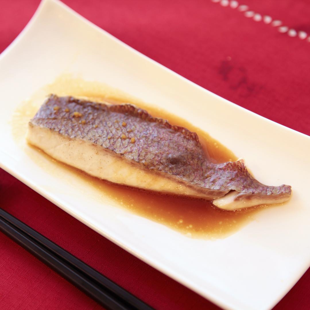 トースターで簡単、15分で完成「鯛のガーリックバターソテー」