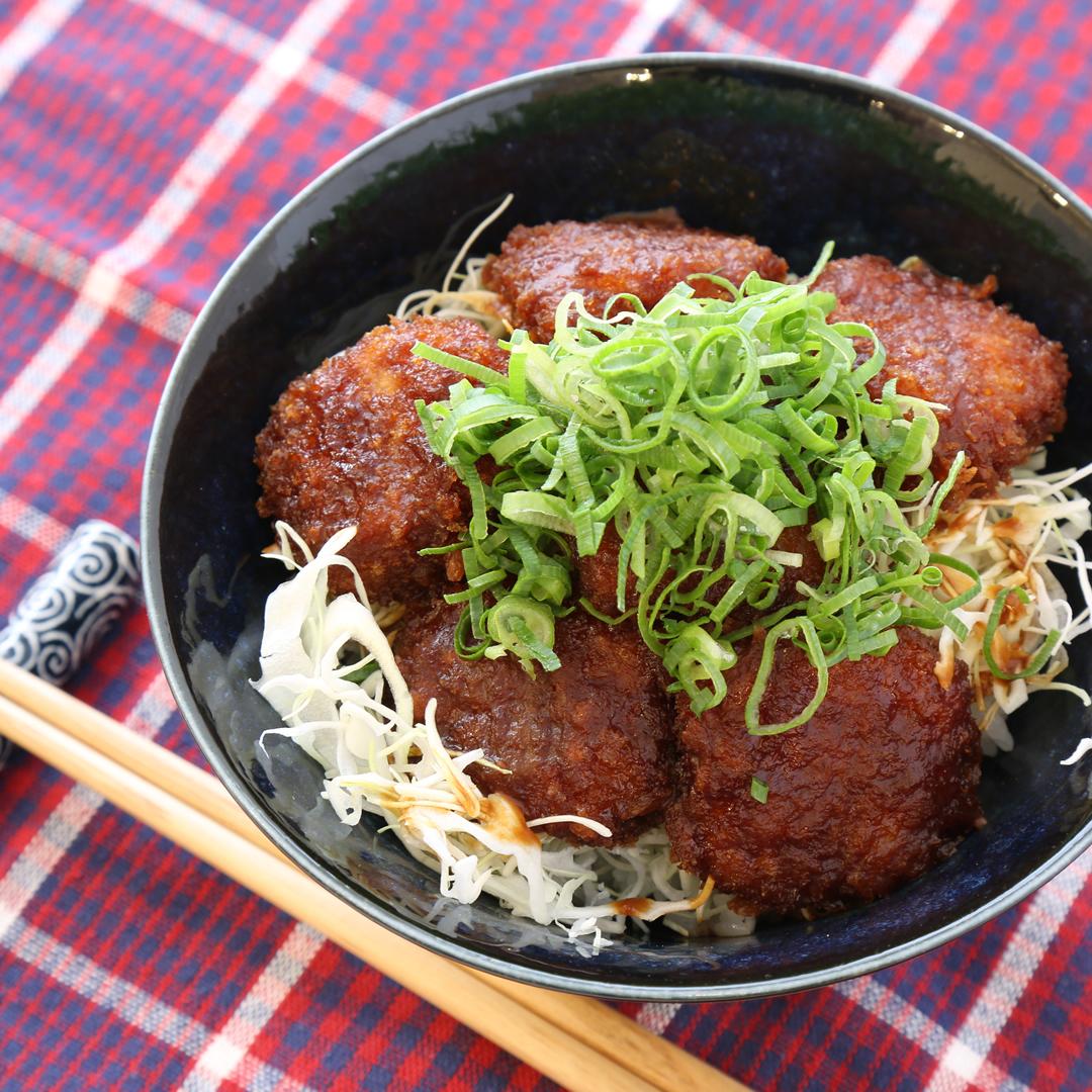 レンジで簡単、7分で完成「冷凍とんかつのみそカツ丼」@ズボラ飯