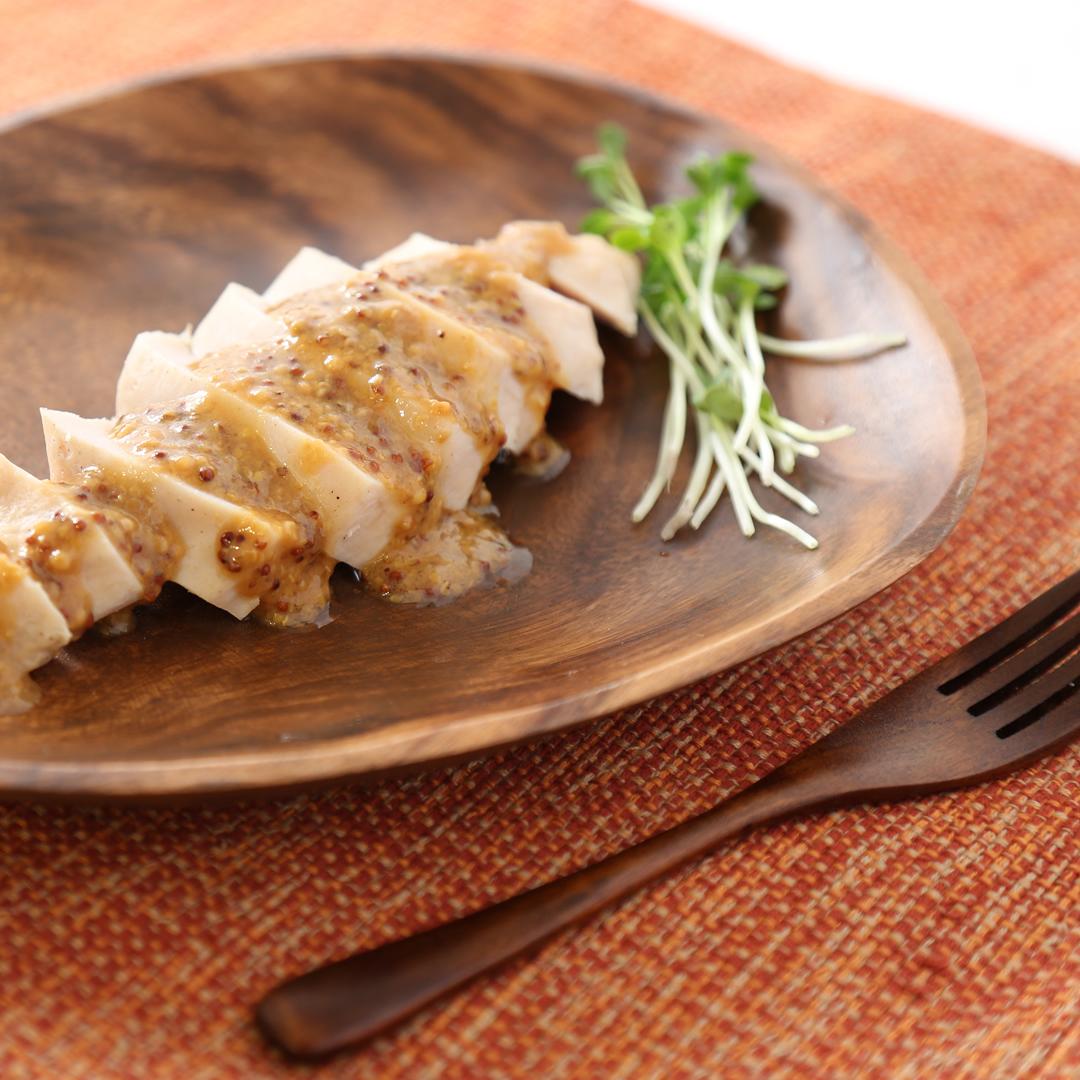 レンジで簡単、5分で完成「サラダチキンの蒸し鶏風」@ズボラ飯