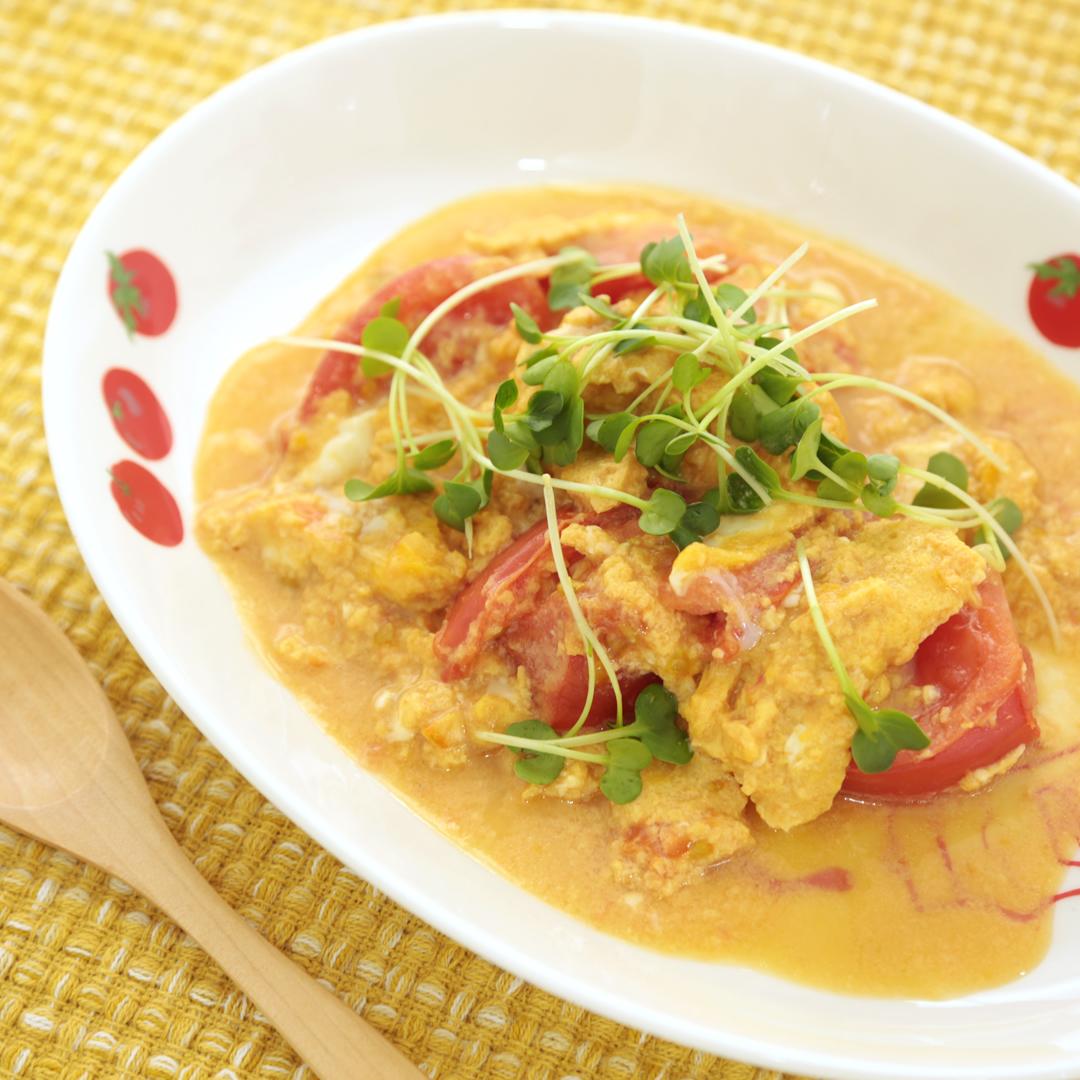 レンジで簡単、10分で完成「トマトと卵の中華風炒め」@ズボラ飯