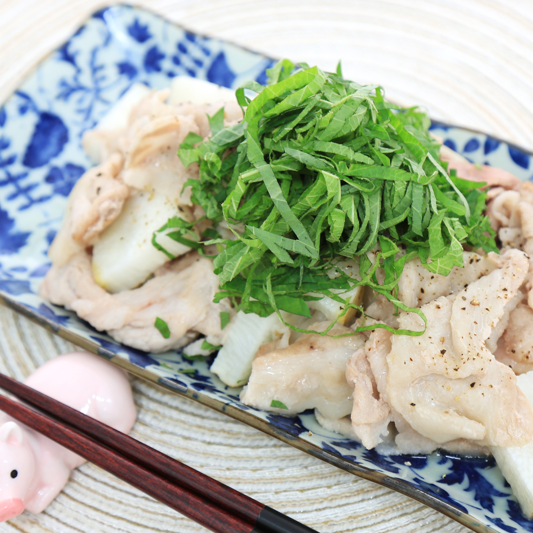 レンジで簡単、7分で完成「豚肉と長芋と大葉のレンジ炒め」@ズボラ飯