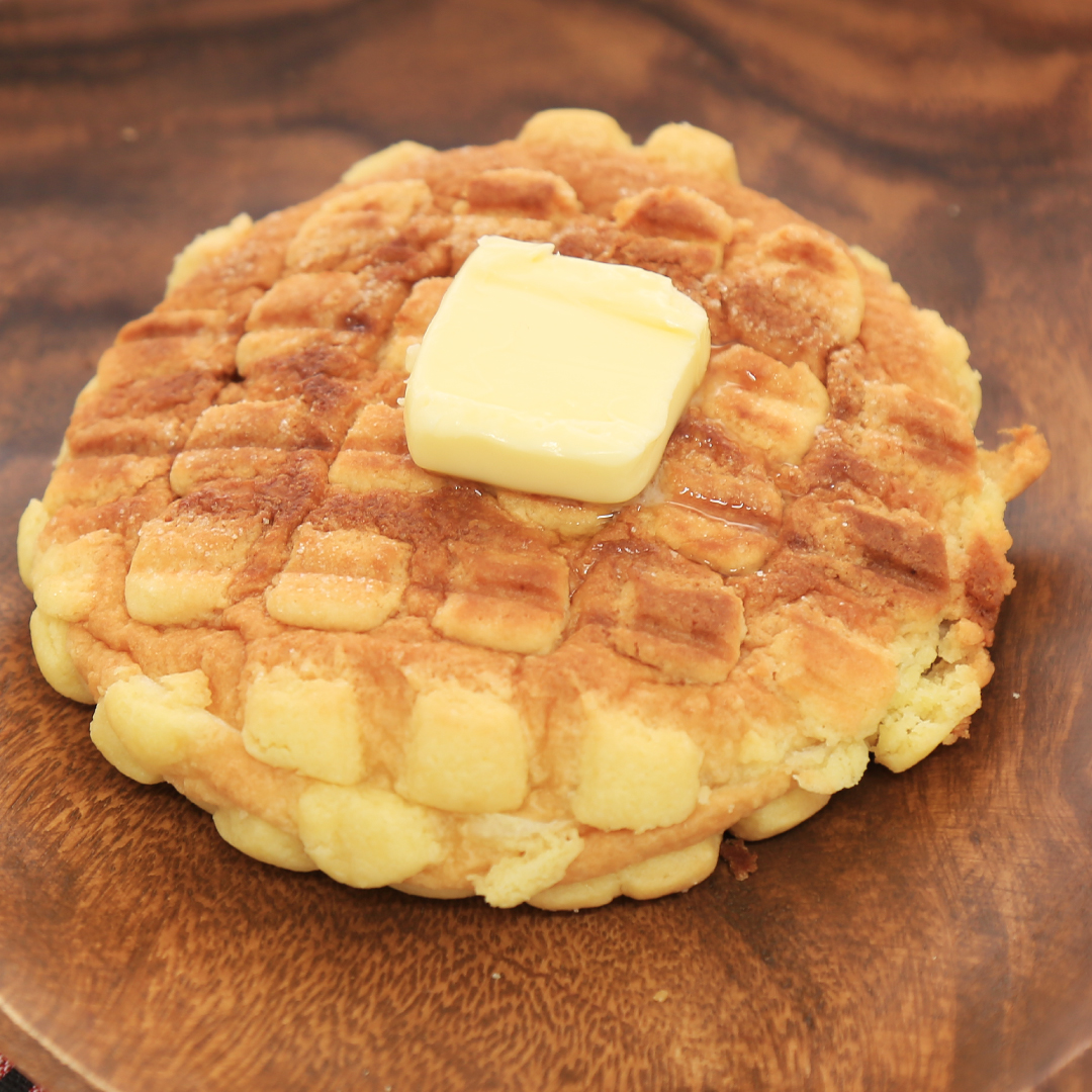 ホットサンドメーカーで簡単、5分で完成「焼くだけメロンパン」@ズボラ飯