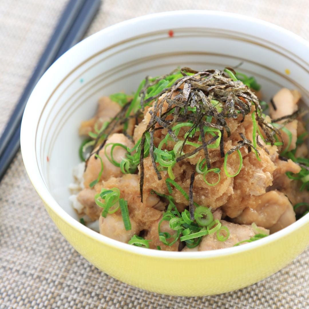電子レンジで簡単、調理時間10分「鶏のみぞれ丼」@ズボラ飯