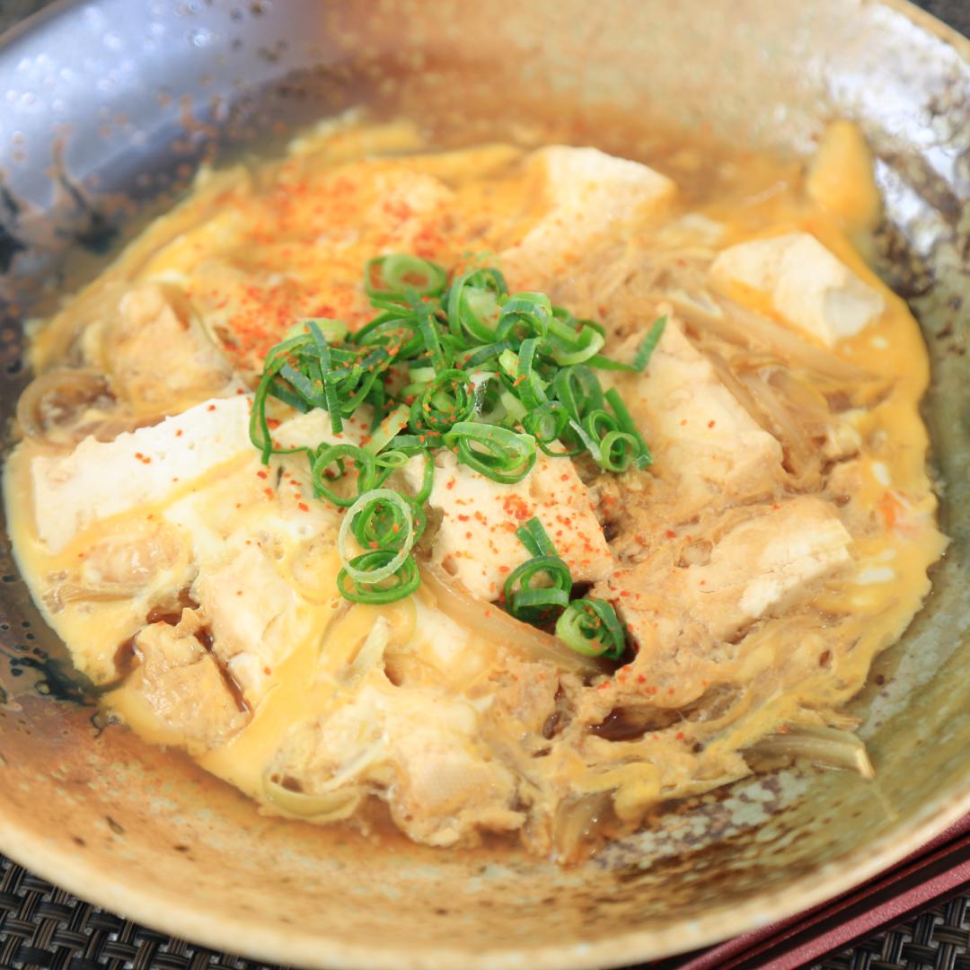電子レンジで簡単、7分で完成「木綿豆腐と卵のあったか煮@ダイエット」@ズボラ飯