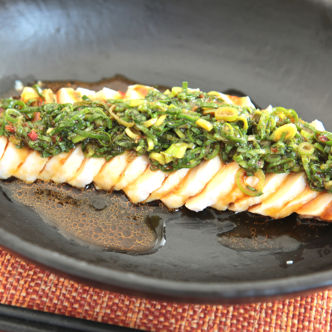 混ぜるだけで簡単、5分で完成「サラダチキンのダイエットよだれ鶏風」@ズボラ飯